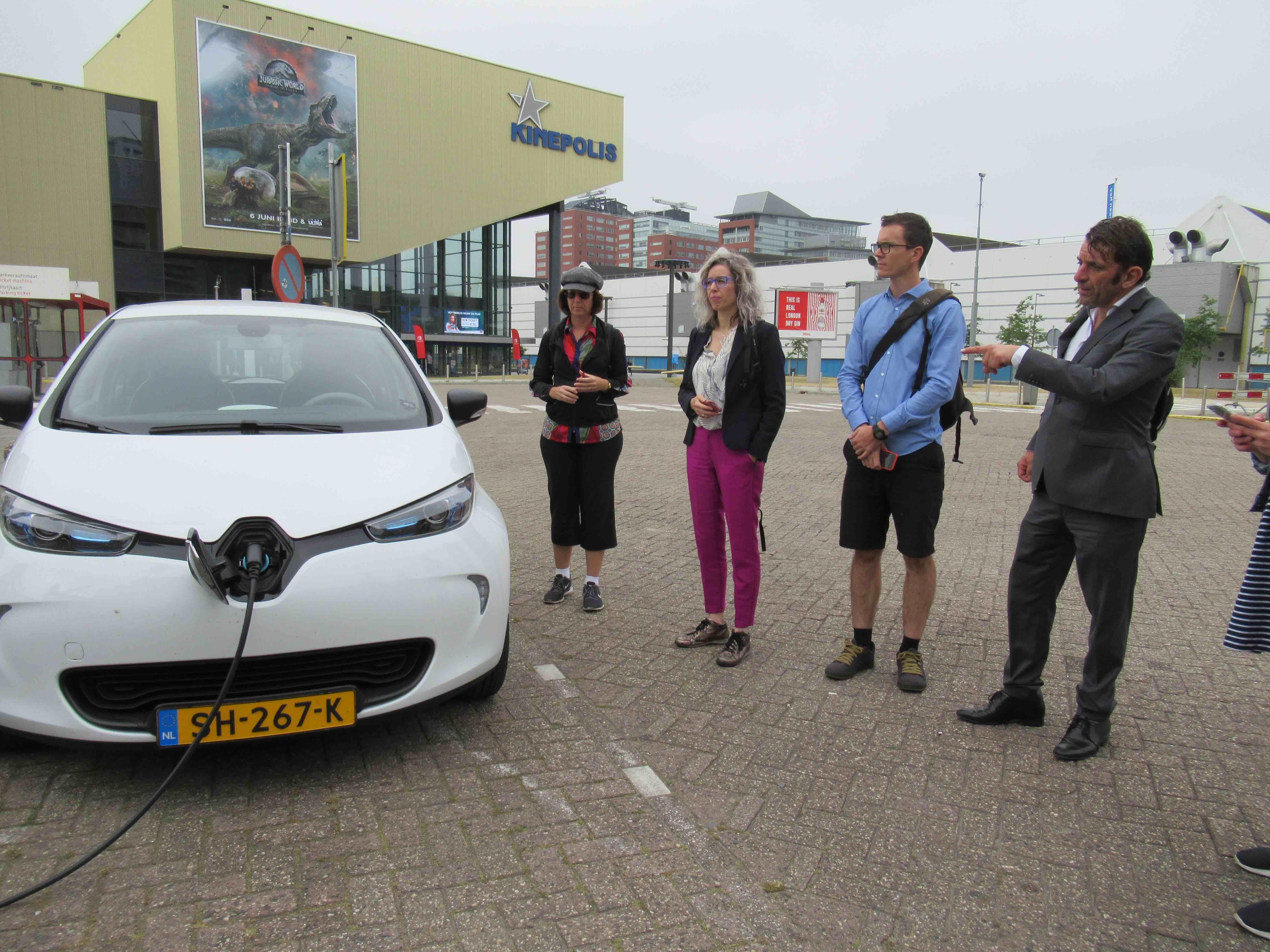EV Charging 5 LR